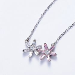 Asymmetric Flower Necklace