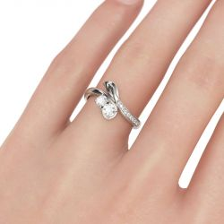 Leaf Design Bypass Duo Round Cut Sterling Silver Ring