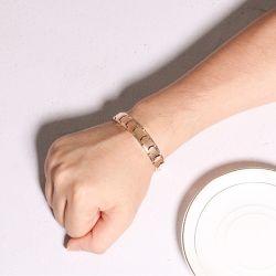 Jeulia Black Magnet Titanium Men's Bracelet