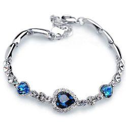 Jeulia Vintage Halo Heart Design Bracelet