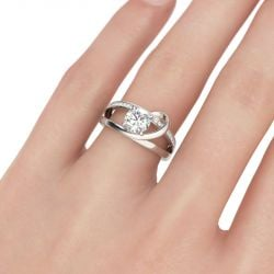 Split Shank Round Cut Sterling Silver Ring