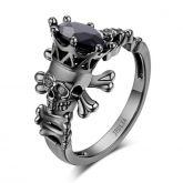 Jeulia Fancy Black Round Cut Sterling Silver Skull Ring