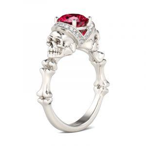 Jeulia  Bone Round Cut Sterling Silver Skull Ring
