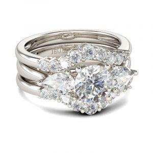Jeulia Three Stone Round Cut Sterling Silver Ring Set