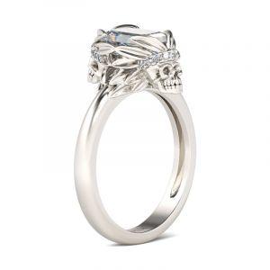 Jeulia  Simple Emerald Cut Sterling Silver Skull Ring