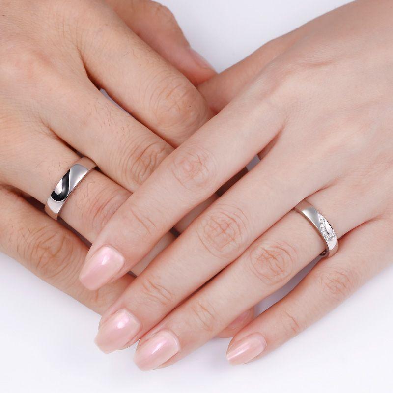 a3bfe0b8b7 Love Shape Sterling Silver Band Set - Jeulia Jewelry