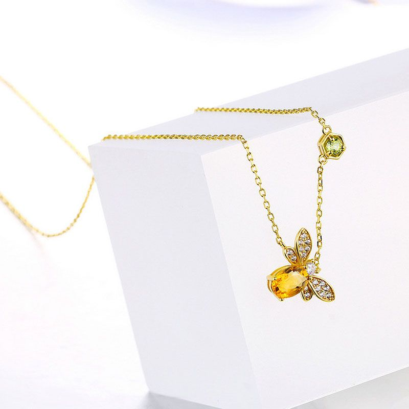 Bee pendant sterling silver necklace jeulia jewelry bee pendant sterling silver necklace aloadofball Image collections